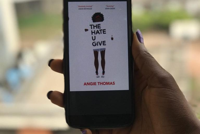 book review the hate you give angie thomas yevandy.com